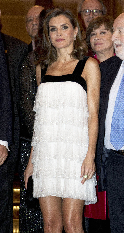 Letizia con un vestido de Teresa Helbig en los premios Francisco Cerecedo