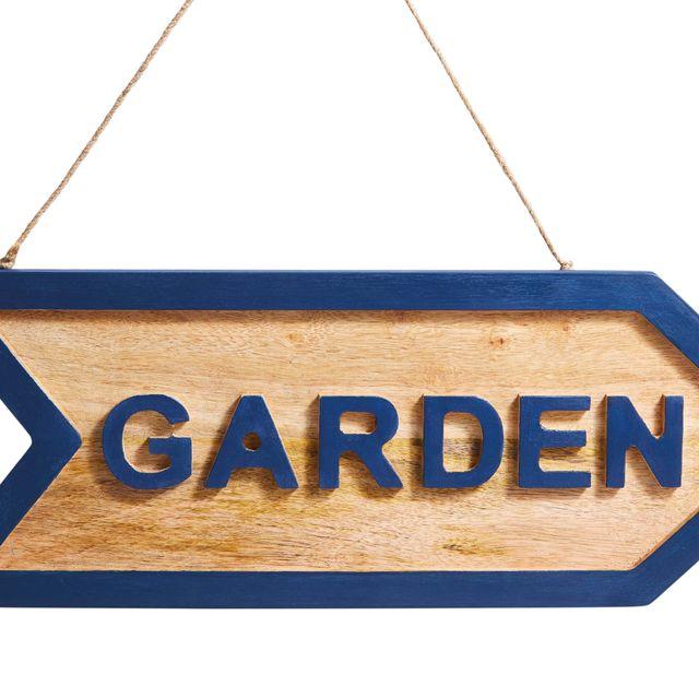 cartel de madera para el jardín
