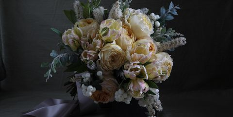 Bouquet, Petal, Flower, Cut flowers, Flowering plant, Botany, Still life photography, Flower Arranging, Floristry, Artificial flower,