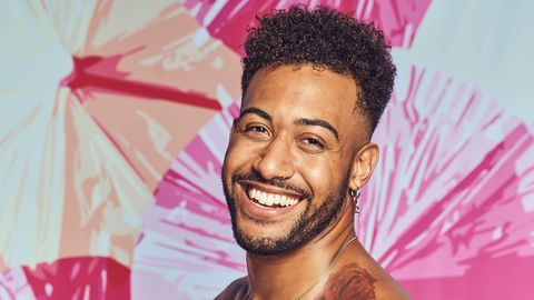 meet javonny vega who is looking for love this summer on love island new episodes air tuesdays friday 900 1000h, etpt and sunday 900 11:00 am, etpt on cbs tv network and available to stream live and on demand on l cbs and paramount application photo sara mallycbs © 2021 cbs broadcast, inc all rights reserved