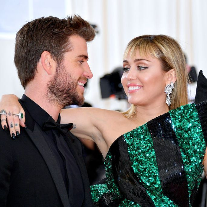 Miley Cyrus and Liam Hemsworth Dating Timeline - Liam and Miley