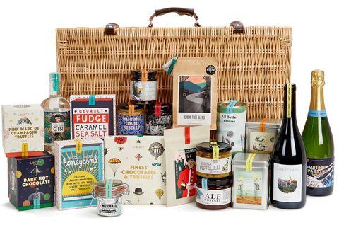 Hamper, Product, Basket, Gift basket, Present, Distilled beverage, Alcoholic beverage, Drink, Bottle, Liqueur,