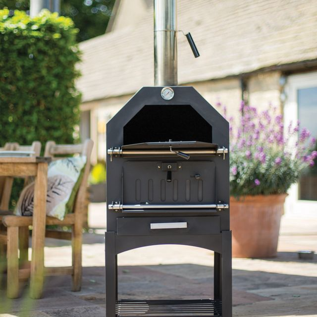 lidl is selling an outdoor pizza oven for less than £130