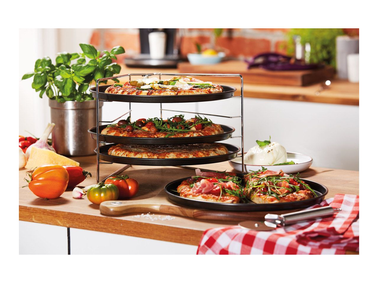 Lidl launches clever four-tier pizza oven for £7.99