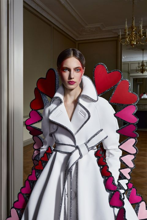 viktorrolf paris haute couture week   liefde overwint alles