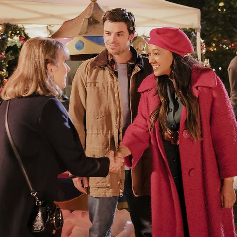Christmas Harmony Cast.Lifetime Christmas Movies 2019 Schedule Cast Lists And