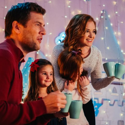 A Wish For Christmas Cast.Lifetime Christmas Movies 2019 Schedule Cast Lists And