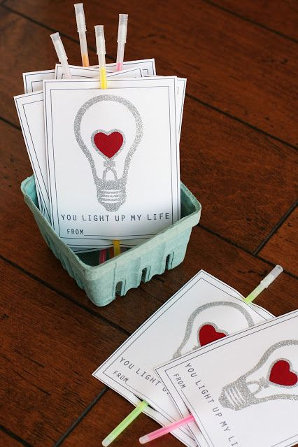 c3518a56bff 28 DIY Valentine s Day Cards - Homemade Valentines