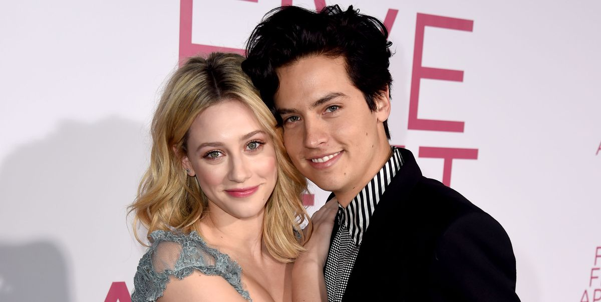lili reinhart and cole sprouse arrive at the premiere of news photo 1134439686 1552060063.jpg?crop=1.00xw:0.615xh;0,0 - 10 textes A savoir et Г©viter aller en offrant 1 madame anxieux