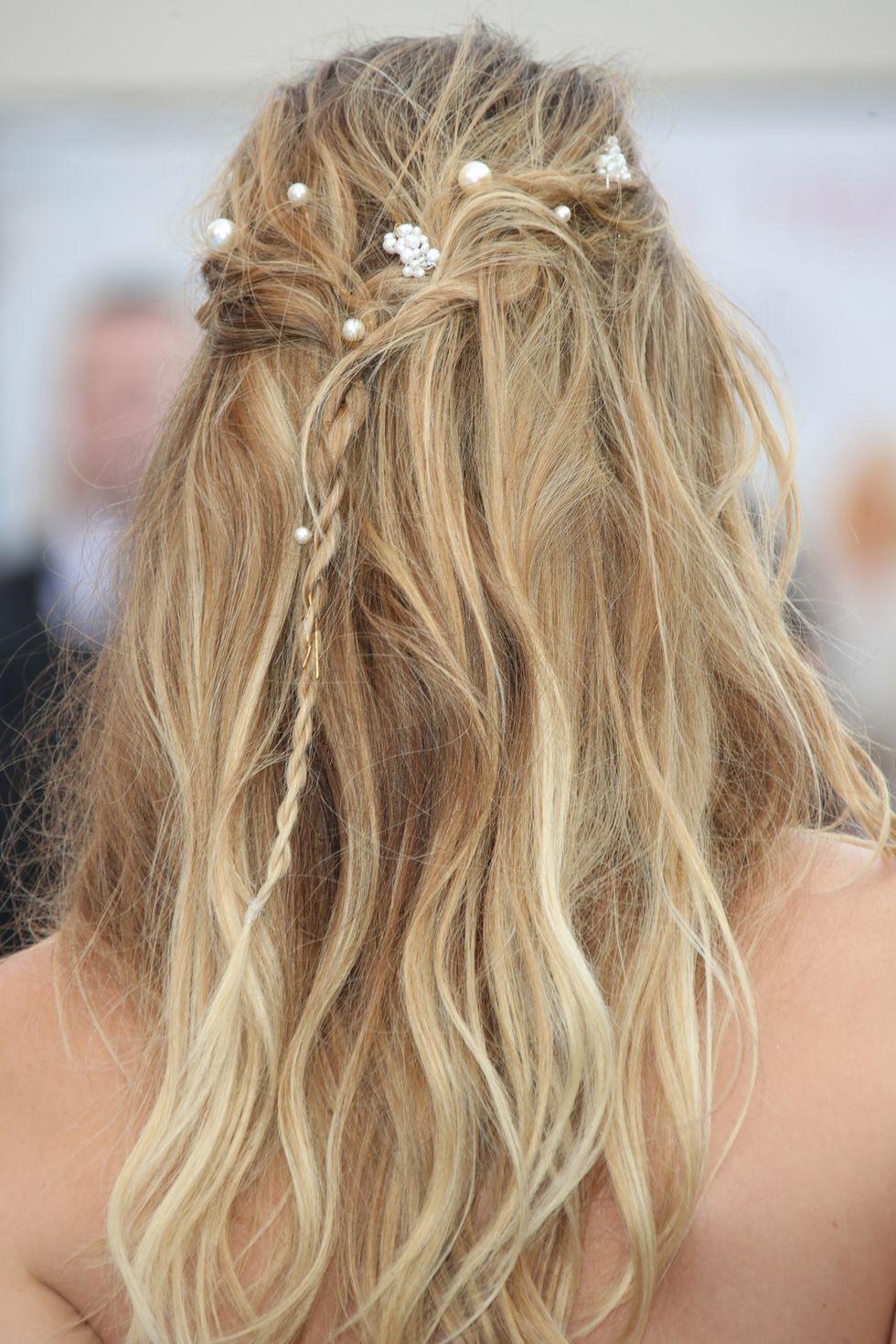 20+ Half Up Half Down Hairstyles \u2014 Half,Up Bun Hairstyle Trend