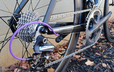 Bicycle wheel, Bicycle part, Bicycle tire, Bicycle drivetrain part, Bicycle, Spoke, Groupset, Road bicycle, Hybrid bicycle, Vehicle,