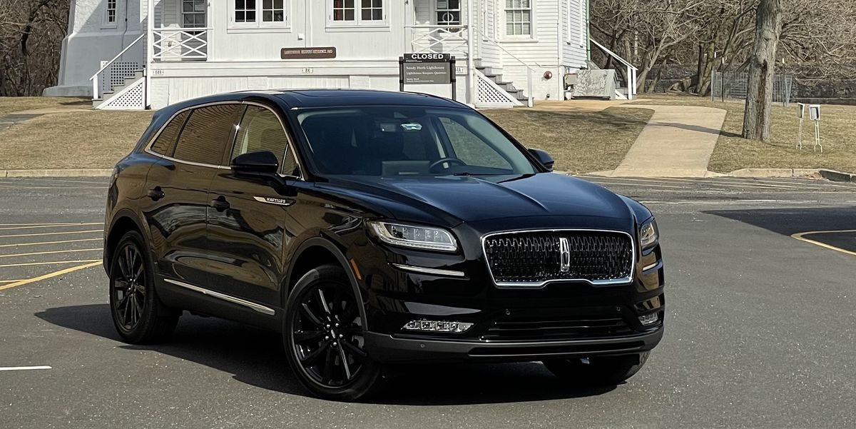The Lincoln Nautilus Is Comfortable and Competent, But Not Cheap