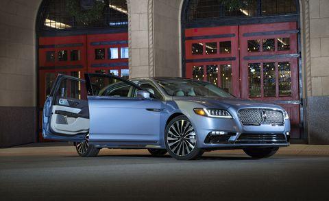 Land vehicle, Vehicle, Car, Automotive design, Full-size car, Mid-size car, Luxury vehicle, Executive car, Rim, Wheel,
