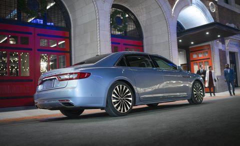 Land vehicle, Vehicle, Car, Mid-size car, Automotive design, Full-size car, Luxury vehicle, Executive car, Audi, Personal luxury car,