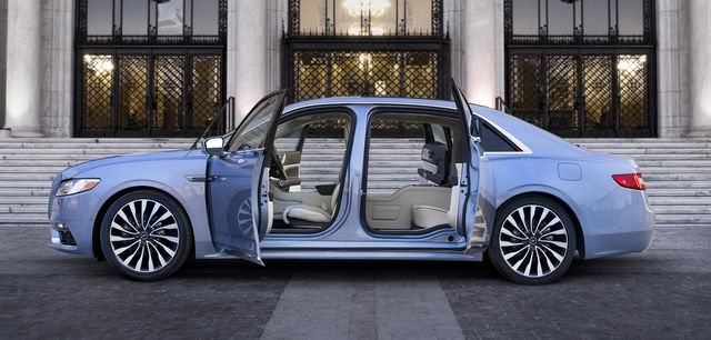 2019 lincoln continental side view