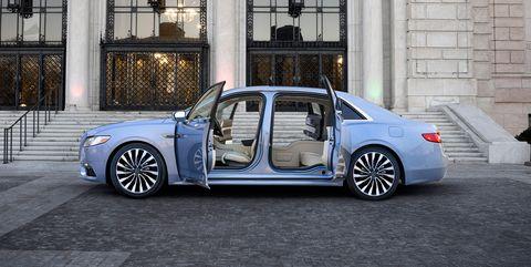 Land vehicle, Vehicle, Car, Luxury vehicle, Full-size car, Rim, Automotive design, Mid-size car, Sedan, Wheel,