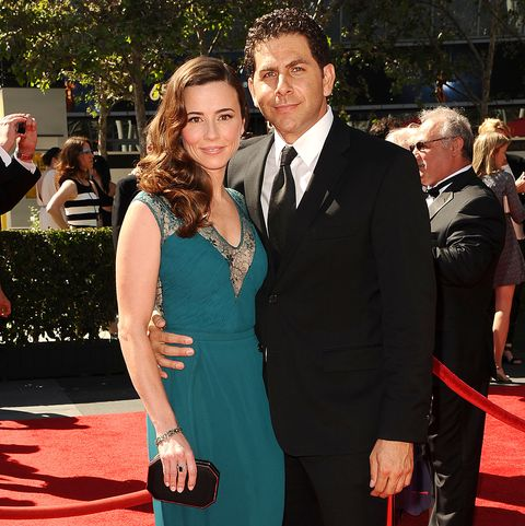 los angeles, ca   september 15  actress linda cardellini and husband steven rodriguez attend the 2013 creative arts emmy awards at nokia theatre la live on september 15, 2013 in los angeles, california  photo by jason laverisfilmmagic
