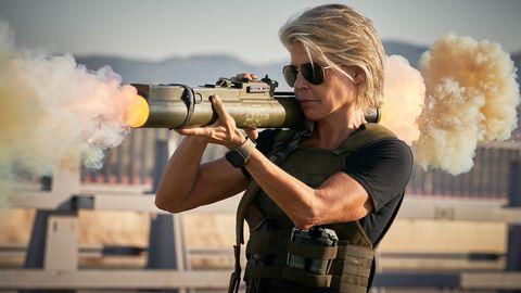 Feministički gender fluid Terminator Dark Fate podbacio u kinima Linda-hamilton-terminator-dark-fate-1571062973