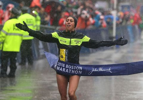 29e52c98150 Desiree Linden Wins 2018 Boston Marathon
