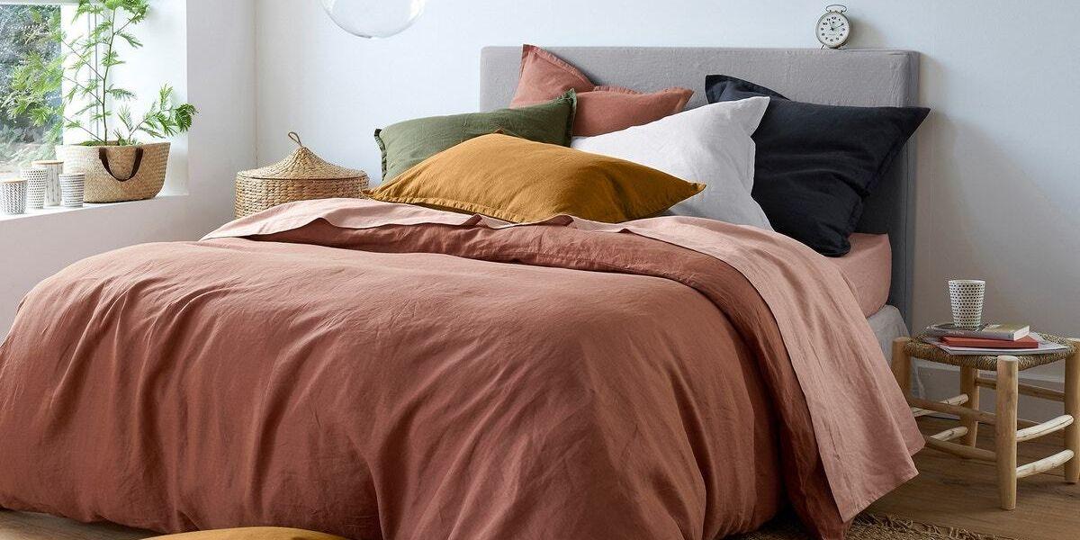 9 best eco-friendly linen bedding sets