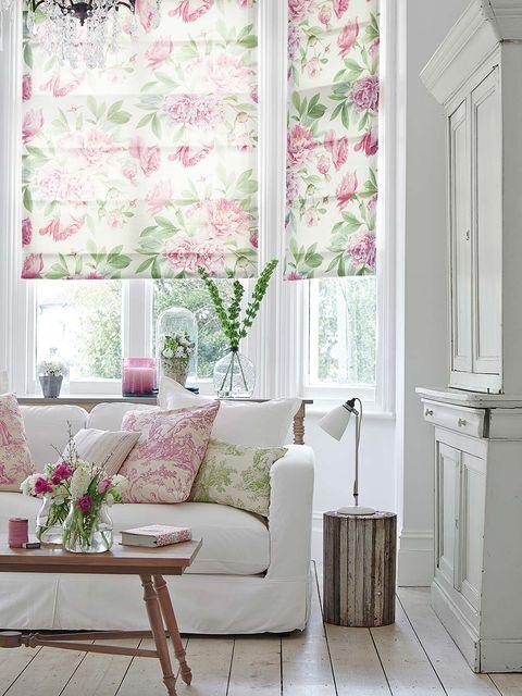 lino estampado con flores en ventanas para un mayor frescor