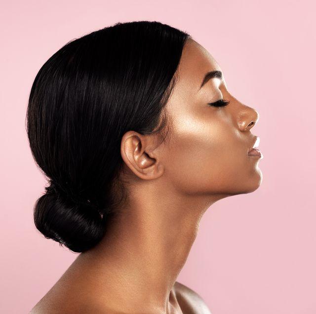 Hair, Face, Hairstyle, Chin, Skin, Black hair, Cheek, Forehead, Beauty, Nose,