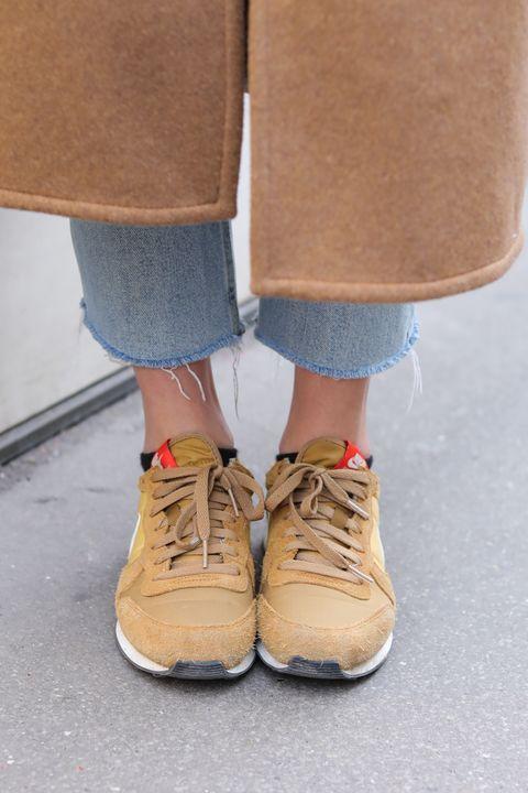 Footwear, Shoe, Tan, Brown, Khaki, Beige, Ankle, Human leg, Denim, Leg,