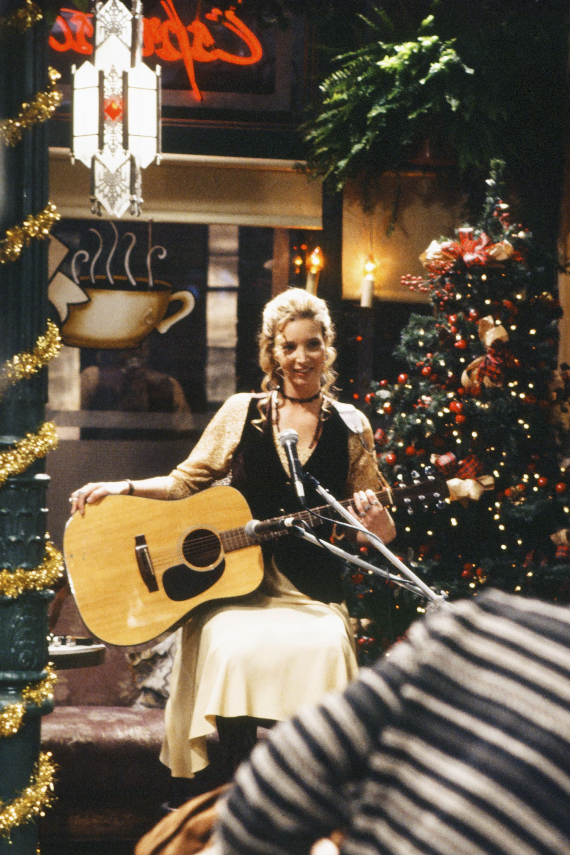 Lisa Kudrow hated the guitar at first.