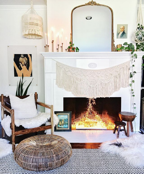 sports shoes 29741 e81f5 Hanging Christmas Lights In Your Fireplace Is The Life Hack ...