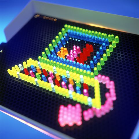 lite brite forming computer shape