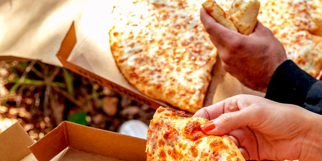 Little Caesars Will Donate Pizzas To Healthcare Workers