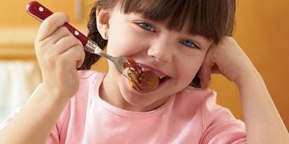 Food, Cuisine, Dish, Eating, Food craving, Fried food, Tableware, Meal, Pasta, Bangs,