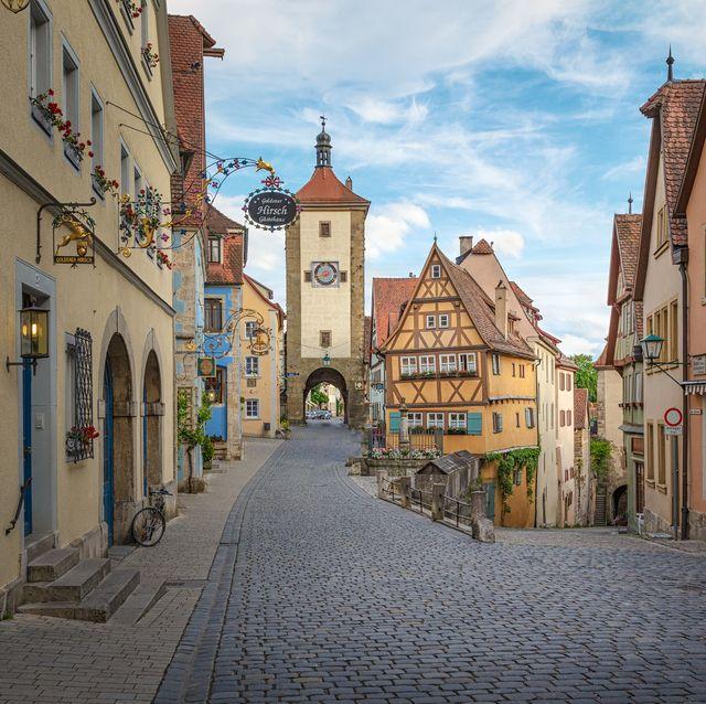 little square plonlein rothenburg ob der tauber landmark