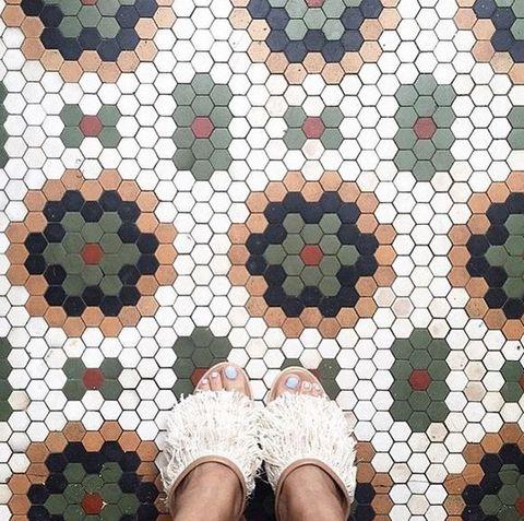 Selfie feet. Pavimento y suelo