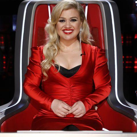 Kelly Clarkson on The Voice - Season 16