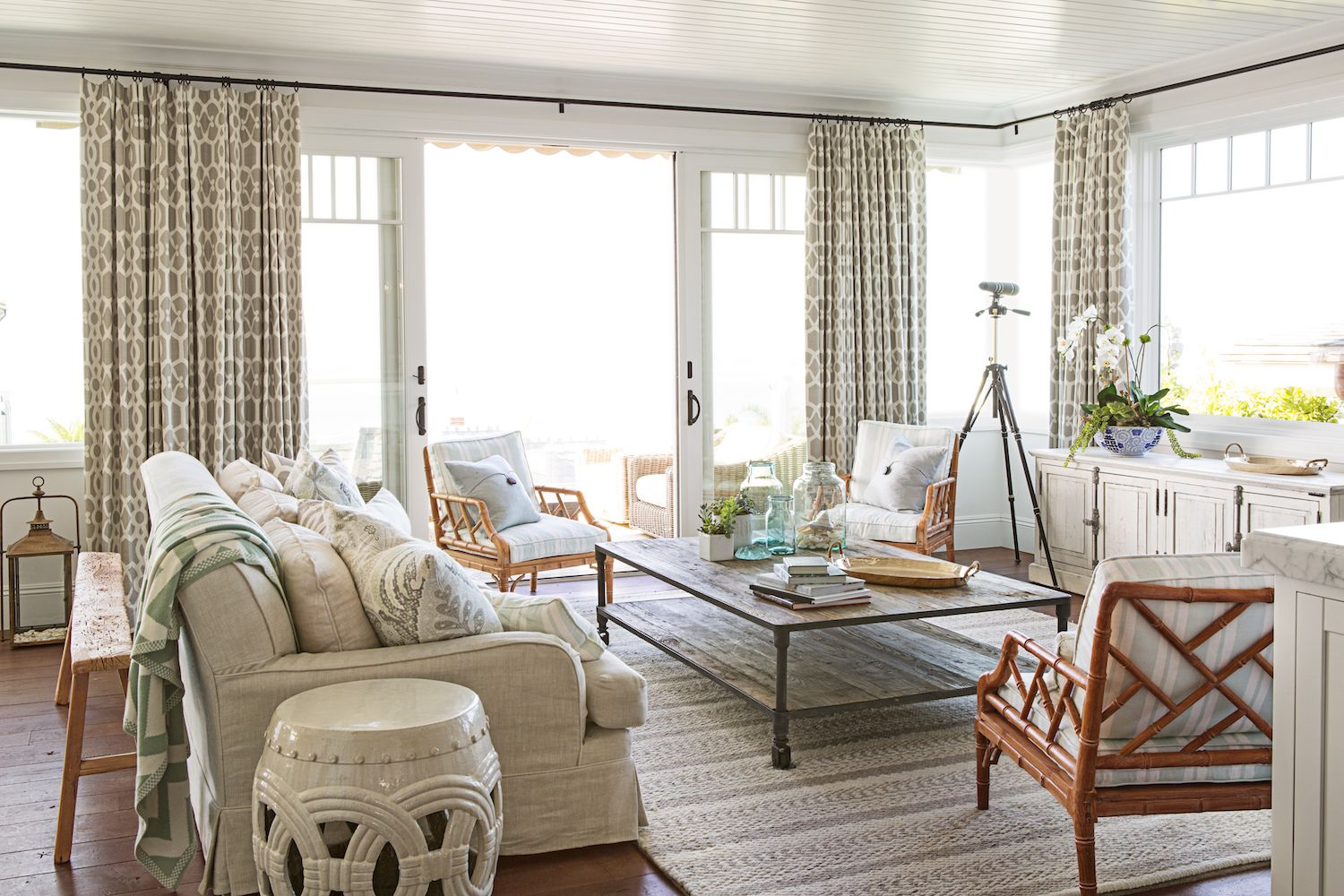 12 Best Living Room Curtain Ideas   Living Room Window Treatments