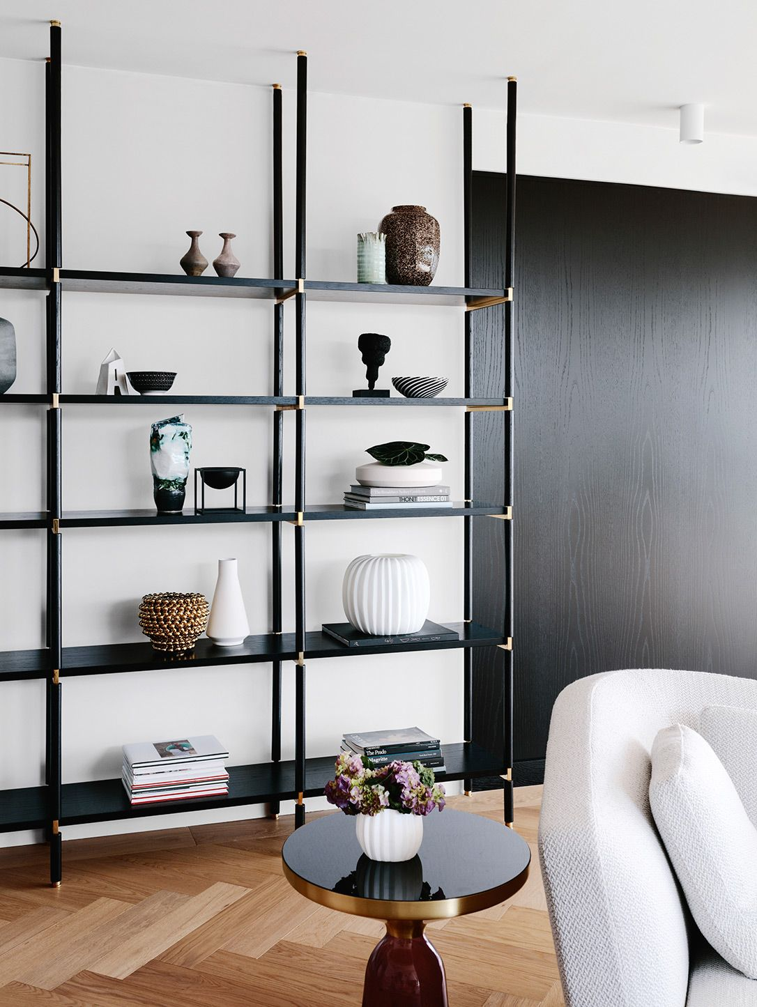 10 Stylish and Clever Living Room Storage Ideas