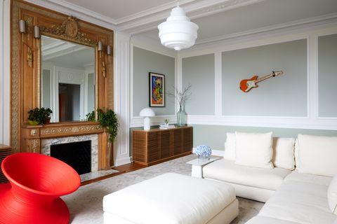 Liza Kuhn Prewar Apartment Makeover