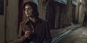 Lizzy Caplan as French Resistance fighter Carla in Das Boot