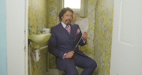 Britain's Worst Bathroom Revealed - Victorian Plumbing ...