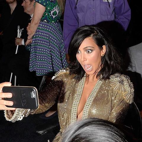 Lumee, 手機殼, 實用, 自拍神器, 發光, 金卡達珊, Kim Kardashian, ELLE Shop, LED燈