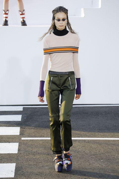 Fashion, Clothing, Street fashion, Footwear, Fashion model, Fashion show, Runway, Fashion design, Roller skating, Model,