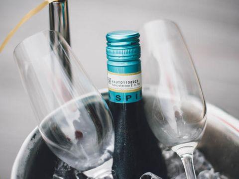 Champagne benefici effetti, come aiuta a dimagrire