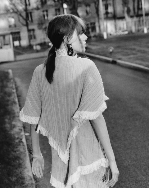 Sleeve, Photograph, White, Style, Monochrome, Street fashion, Monochrome photography, Snapshot, Black-and-white, Vintage clothing,