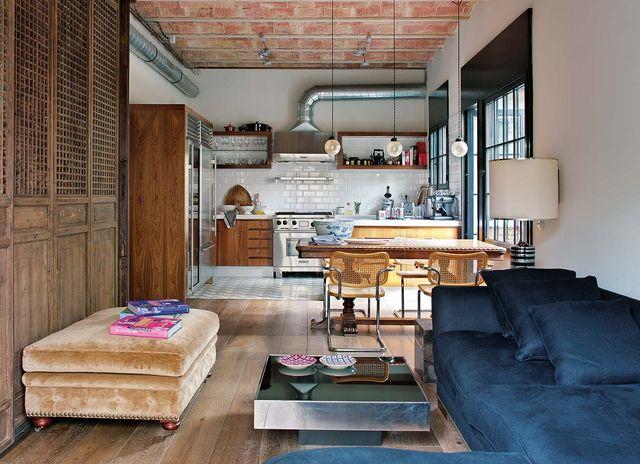 un loft centenario reformado en barcelona con decoración vintage