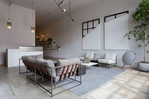 Una fábrica de muebles cont¡vertida en un loft por Stephen Kenn