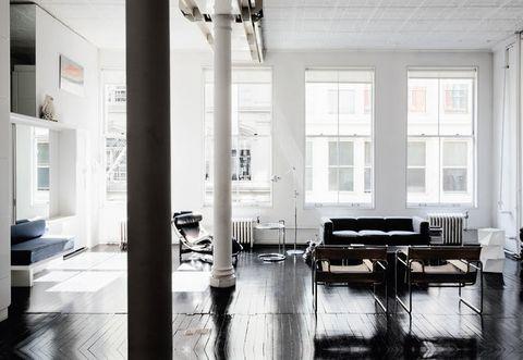 Interni del loft newyorkese di Diane Lewis