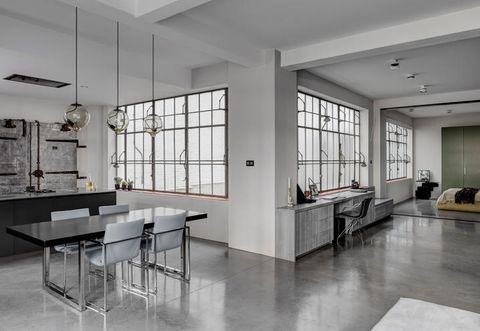 In london an open space loft industrial style for a couple working