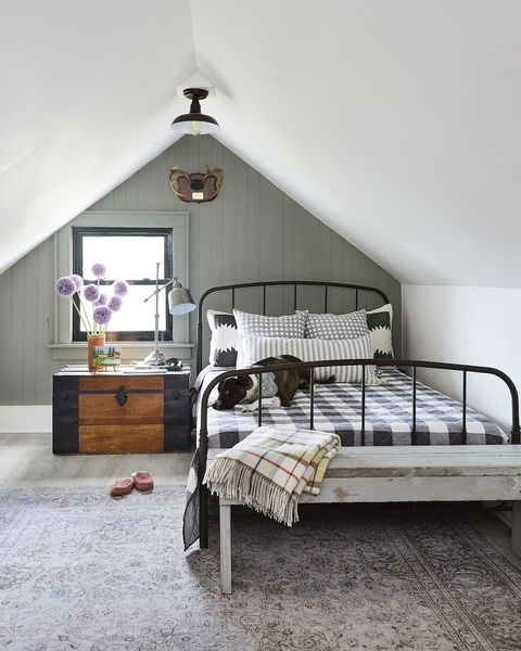 taupe paint colors lofted bedroom