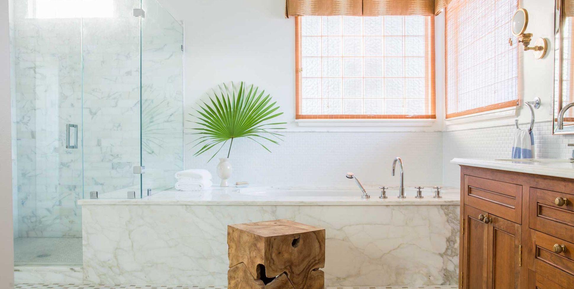 23 Baths with Decadent Marble Tubs